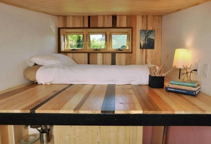 спальня в доме на колесах