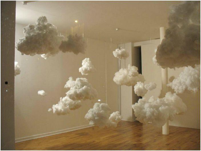 Облака в интерьере детской.