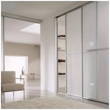 Варианти на дизайна на фасадите на вратите на плъзгащия се гардероб-12