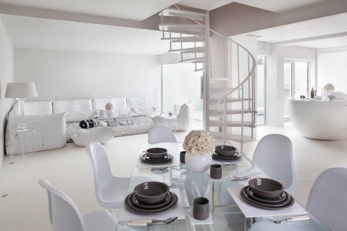 Дизайн на спирални стълби в частна къща