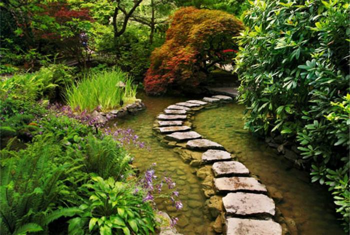 Вита каменна пътека.