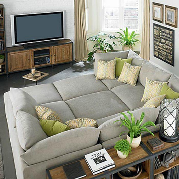 A hálószoba fő részlete a helytakarékos, intelligens, átváltható kanapé.