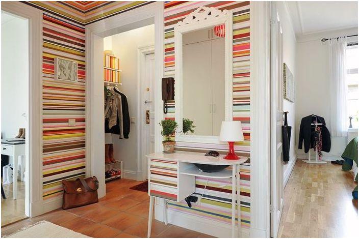 Hvordan gjøre en liten korridor sjarmerende?
