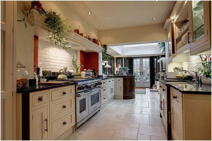 Кухненски интериор от Стоунхаус Мебели