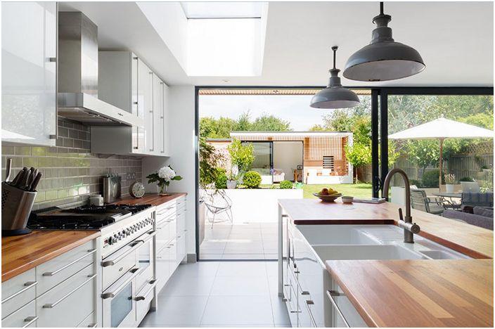 Кухненски интериор от Granit Chartered Architects
