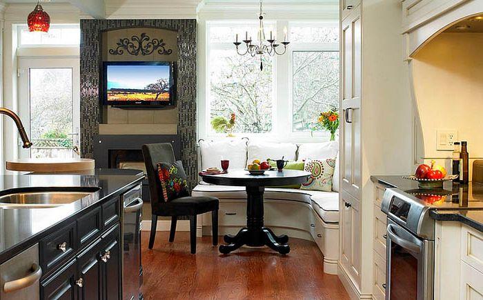 Зона столовой на кухне