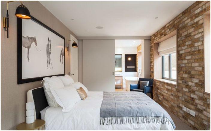 Wnętrze sypialni w stylu loftu