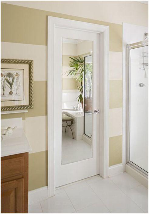 Интериор на банята от HomeStory Лесен монтаж на врати