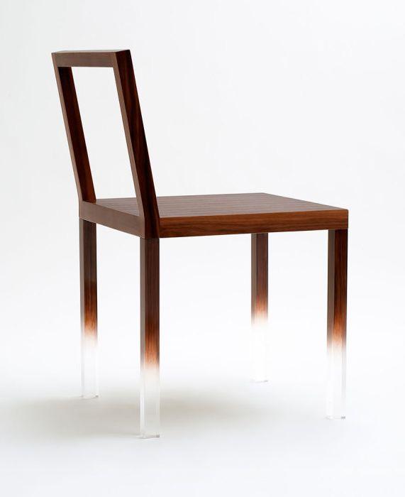 Магически стол
