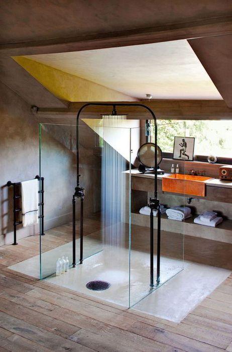 Прекрасен дизайн на душ кабина с прозрачни стени.