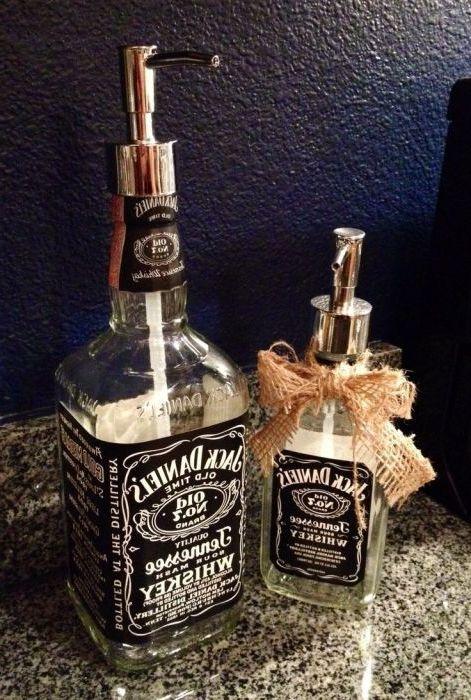 Upea lahja viskin ystävälle.