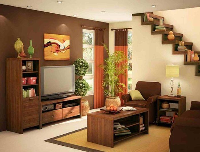 Обычная деревянная мебель в гостиной.