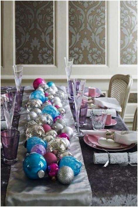 Ёлочные шары для украшения стола