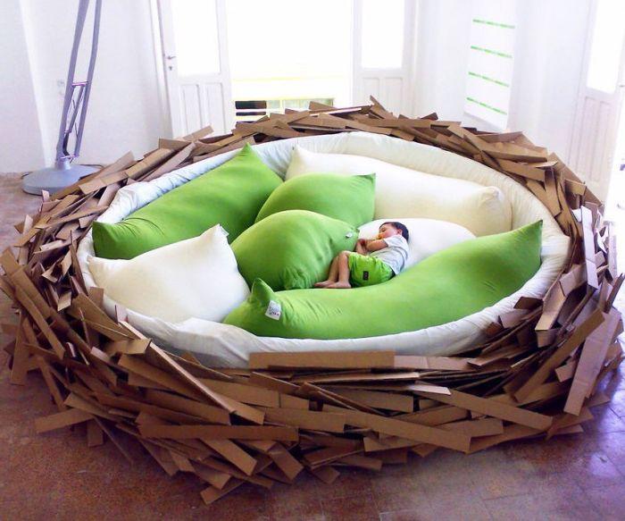 Sänky on ihanteellinen pyjamajuhliin, koska siihen mahtuu 16 ihmistä kerrallaan!