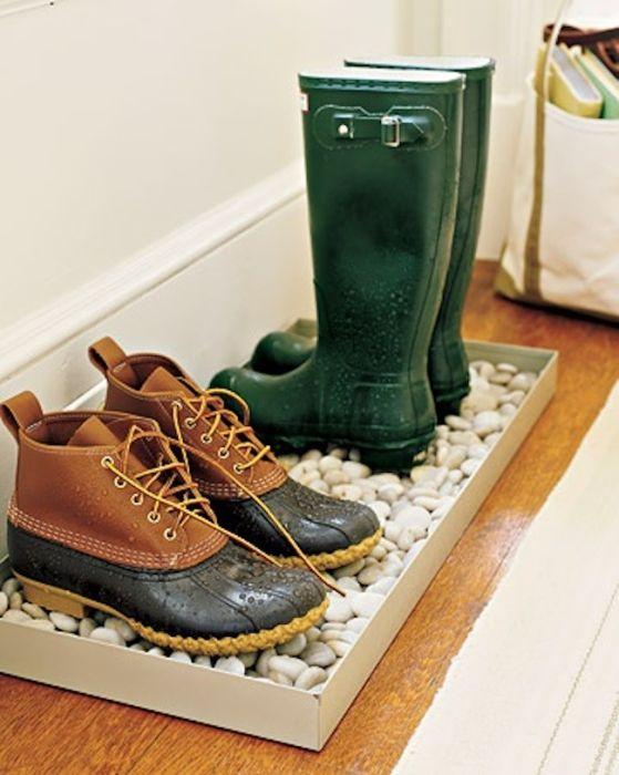 Добро място за съхранение на мръсни обувки.