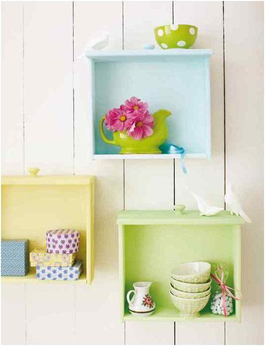 10. Belle installation à partir de vieux tiroirs