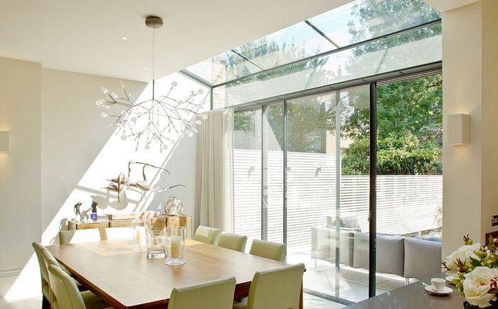 Wnętrze jadalni autorstwa Nash Baker Architects