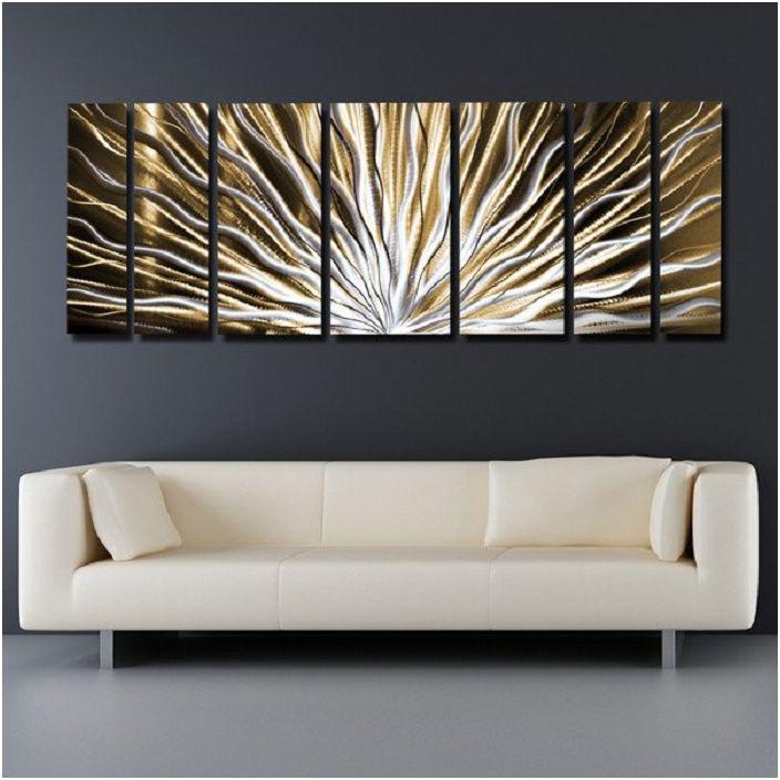 Класически във връзка с жива картина е атмосфера за творчество и душевни разговори.