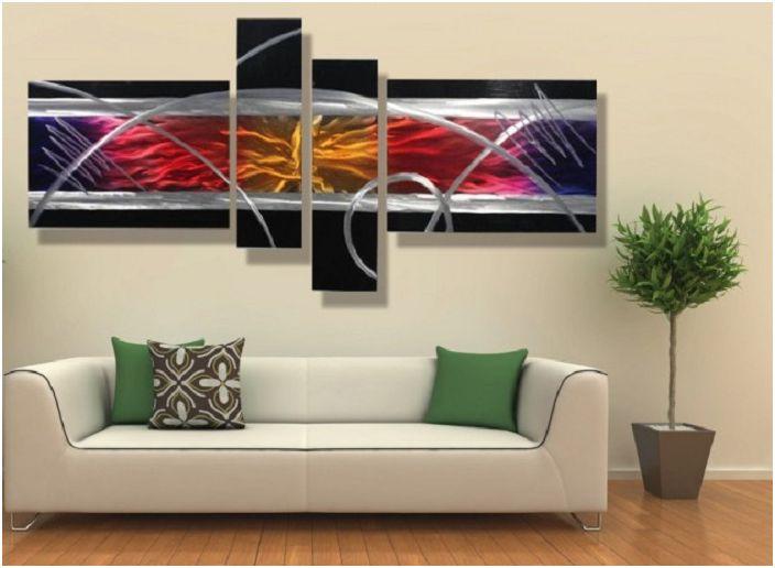 Рисуването с изобразената абстракция е специален момент в създаването на настроението на тази стая.