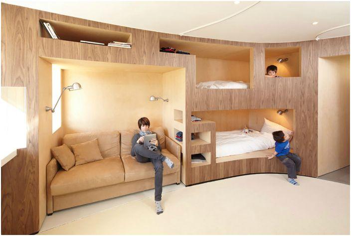 Вградените мебели ще ви позволят да поставите всичко необходимо в апартамента и в същото време да спестите свободно пространство колкото е възможно повече.