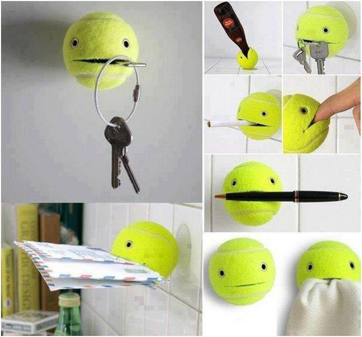 Функционален държач за тенис топка за всичко на света.