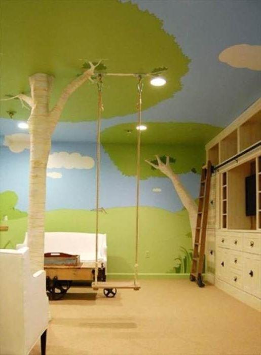 Przytulny park z huśtawkami w pokoju dziecięcym.