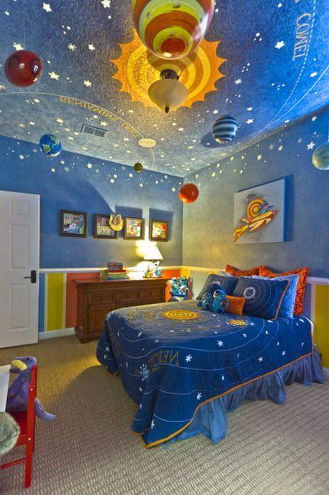 Комната для маленького космонавта.