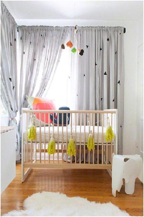 Прекрасно малко легло и страхотен интериор на стаята ще направят незабравимо впечатление от интериорния дизайн на Арт Нуво.