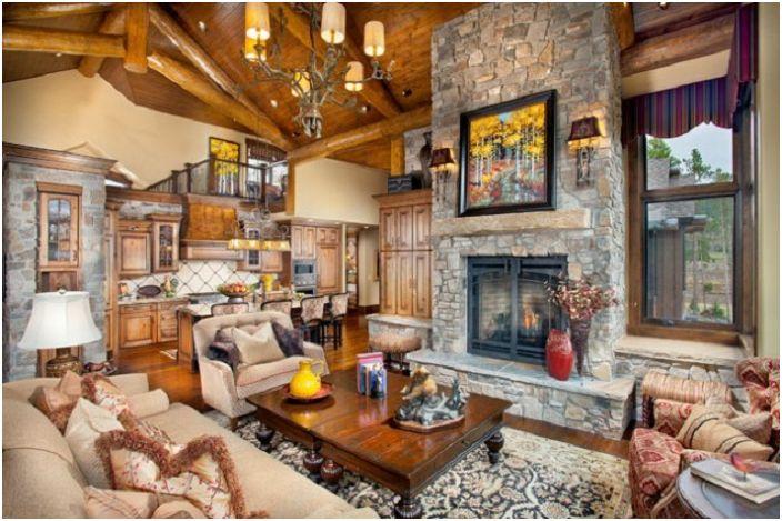 Голямо количество детайли дава възможност да се подчертае стилната вградена камина в хола.