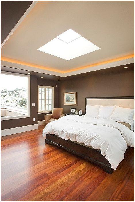 Czekoladowe kolory w wystroju wnętrza sypialni pozwalają zbliżyć się do komfortu i łagodnej atmosfery domu.