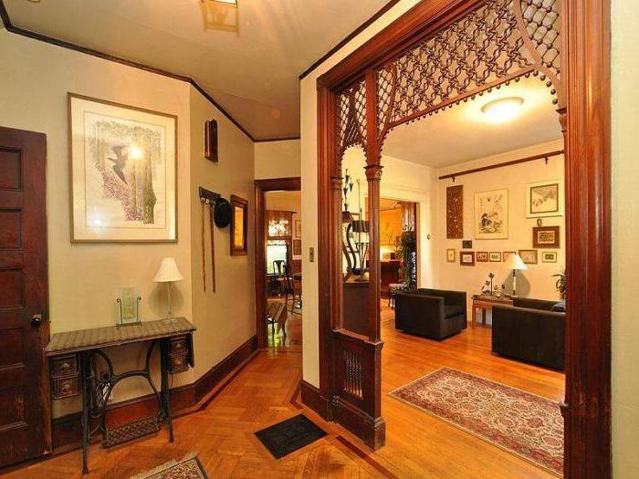 Викторианските шивашки маси имат богата история, така че те лесно могат да станат източник на вдъхновение за всички в къщата.