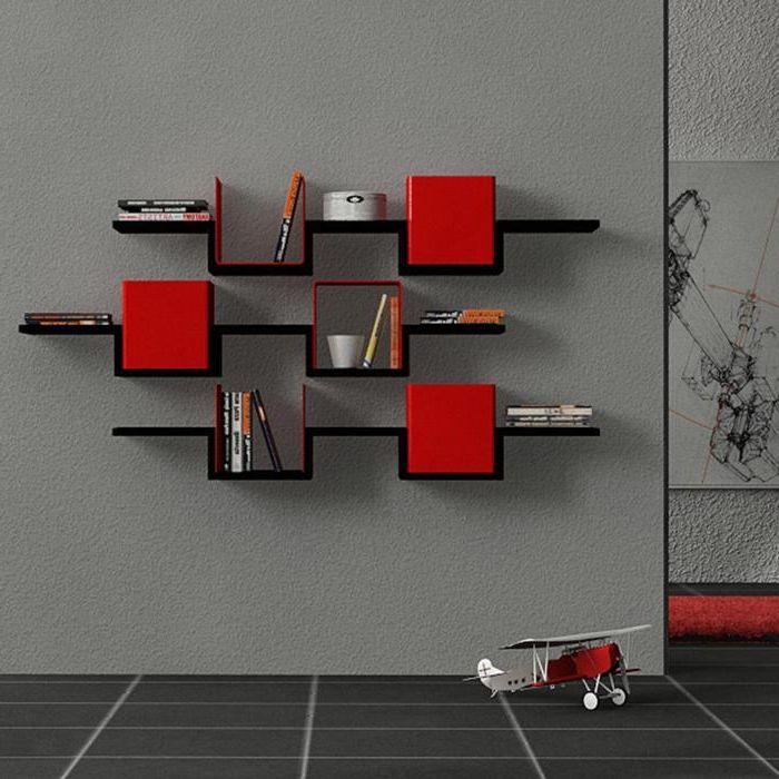 Три рафта в червено и черно.
