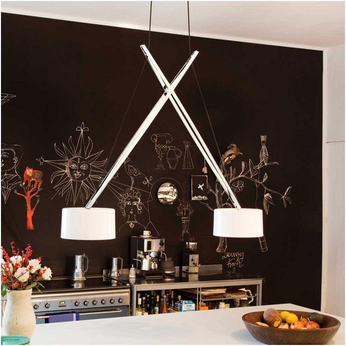 Шикарные лампы украсят кухню своими нетипичными формами.