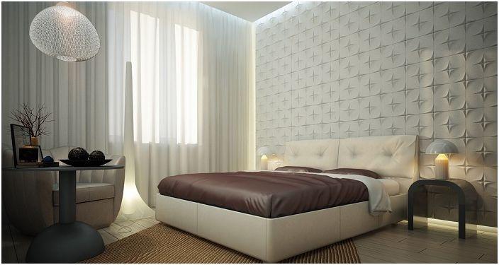 Уютна атмосфера на спалня с прекрасна бяла текстурирана стена.