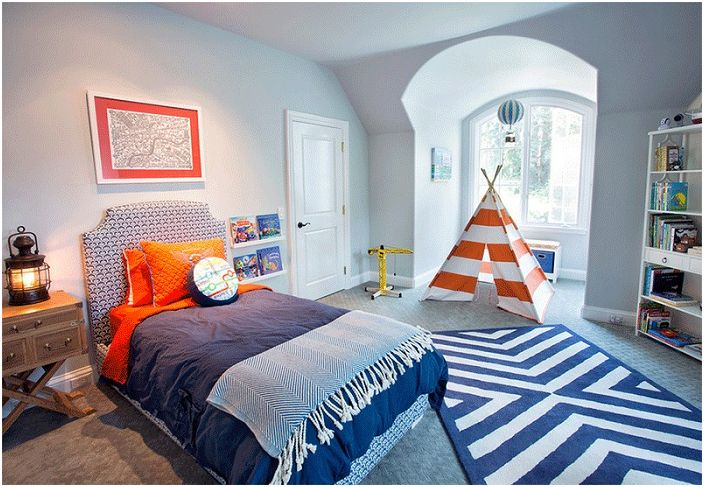 Приятен дизайн на спалня за момчета.