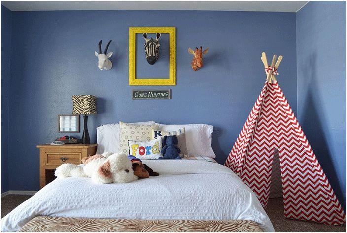 Хубава спалня с райета wigwam.