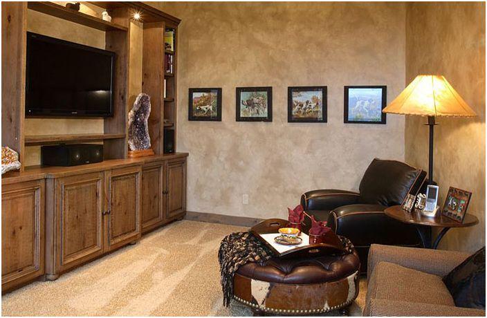 Зона за гледане на телевизия в домашния офис от Terra Firma Custom Homes