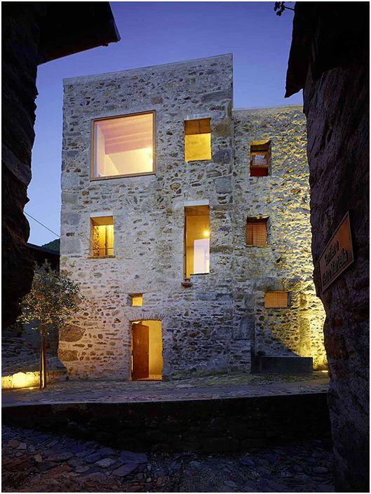 Изтънчеността на швейцарския дизайн на каменна къща