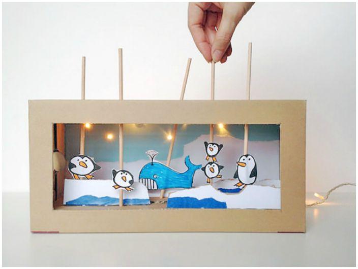 Домашний театр с двигающимися фигурками.