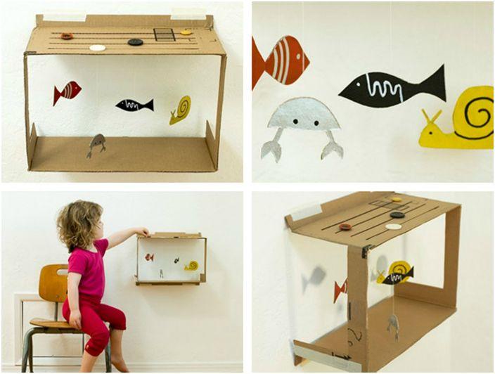 Замечательный картонный аквариум с рыбками.
