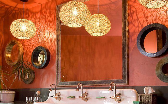Studio 80 Sisustussuunnittelijan valoisa kylpyhuone