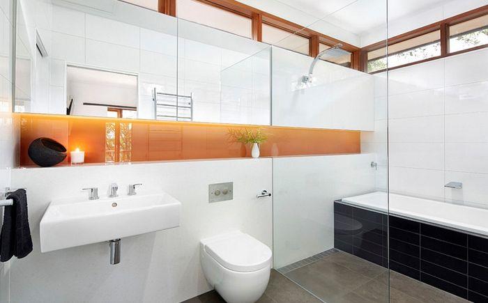 Moderni kylpyhuone, oranssi aksentti