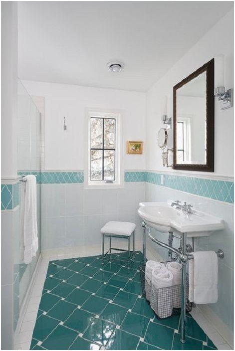 Красив декор за баня в сини и зелени цветове.