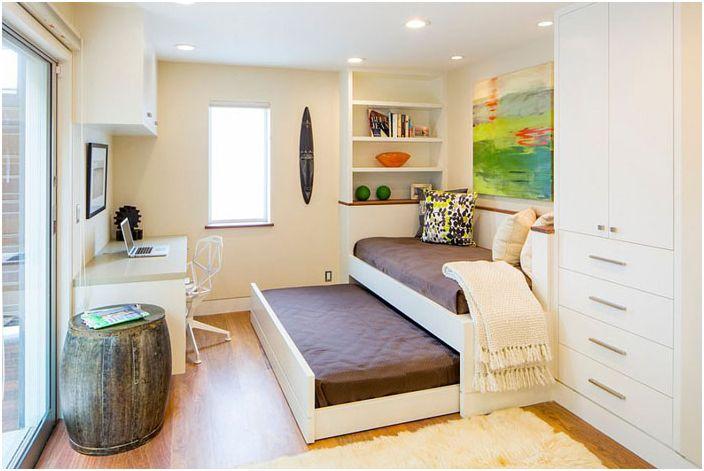 Разтегателно легло в домашен офис от строителната компания Tamalpais