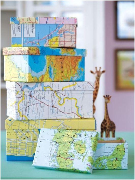 Можете да украсите кутиите със страници от стария атлас.