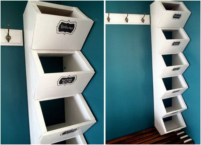 Отлично решение за мъничко коридорче - отворена закачалка, комбинирана с рафтове за шапки и обувки