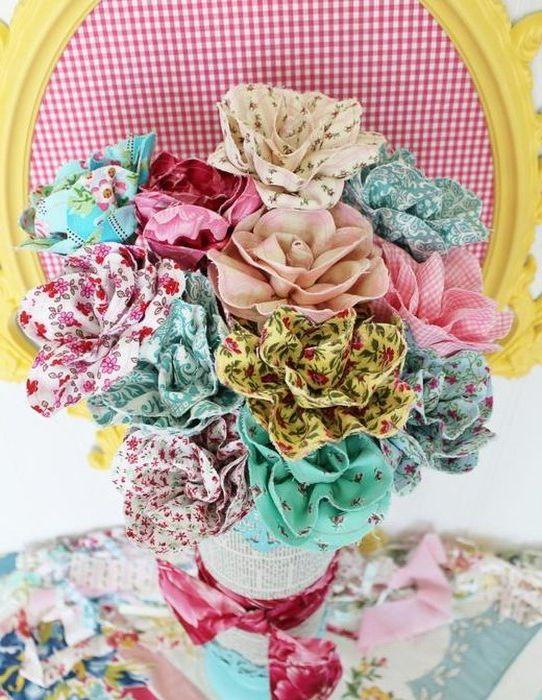 Идея номер 15: цветя от парчета плат