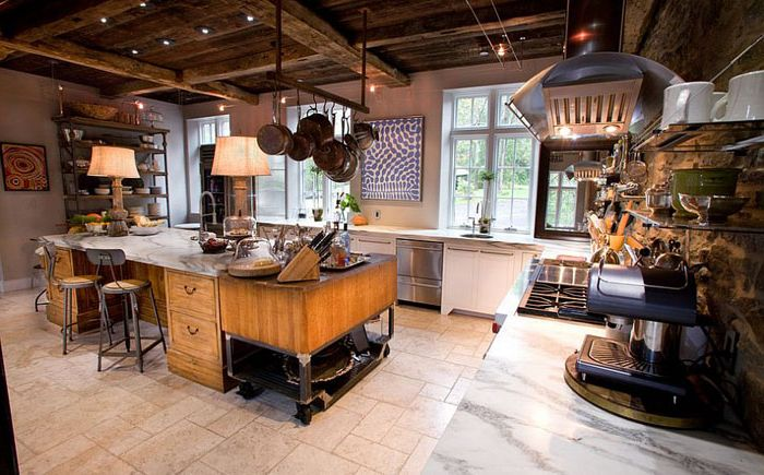 Еклектична селска къща с промишлена кухня от Jarrett Design