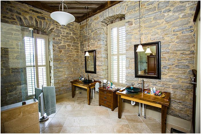 Wnętrze łazienki autorstwa Wilmes & Associates Architects