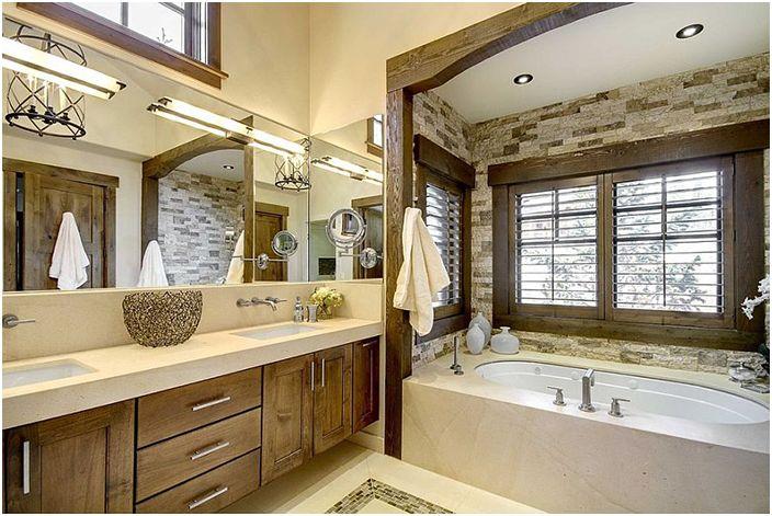 Wnętrze łazienki autorstwa Slifer Designs